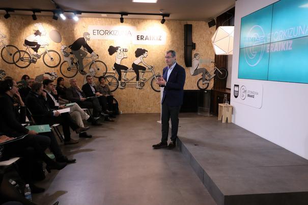 La Diputación contrasta Etorkizuna Eraikiz con los sistemas de innovación de Holanda y Noruega
